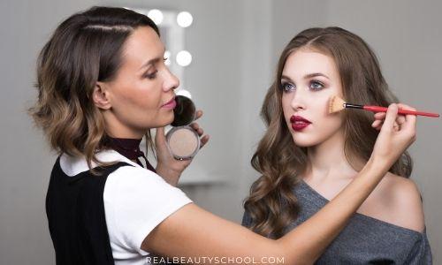 How to become a Makeup artist, Makeup artist salary, What is Makeup artist, How to become a Freelance Makeup artist
