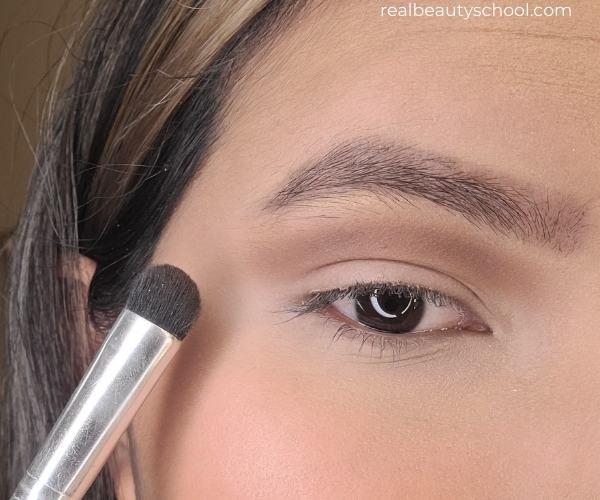 How to do a black smokey eye, step by step tutorial