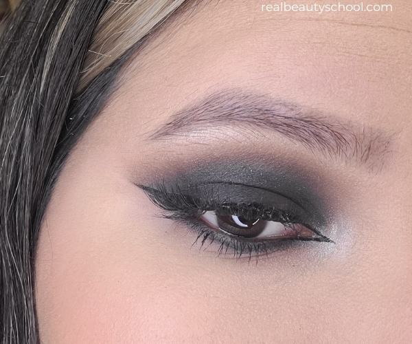 Black Smokey eye with pictures