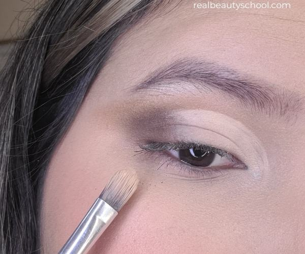 Half cut crease eyeshadow tutorial for beginners with pictures