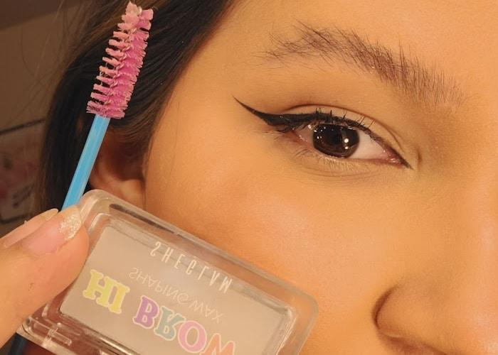 getting fake bushy eyebrows with the sheglam brow wax